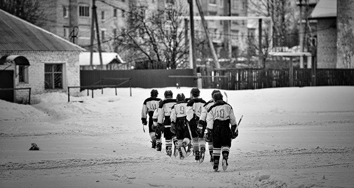 Фотография из серии Хоккей в Ветлуге