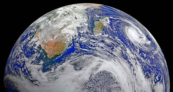 დედამიწა კოსმოსიდან