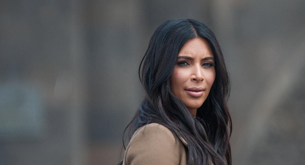 Ким Кардашьян наняла 20 охранников