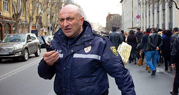 პოლიციელი