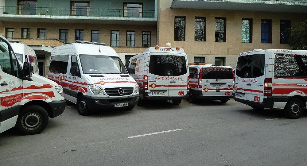 Автомобили скорой помощи (Испания). Архивное фото