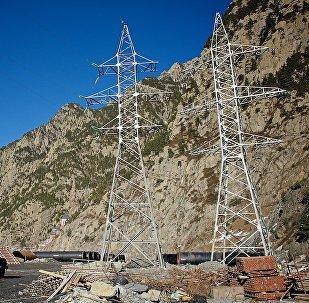 მაღალვოლტიანი ელექტროგადამცემი ხაზები დარიალის ხეობაში