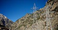 Высоковольтные линии электропередач в Дарьяльском ущелье