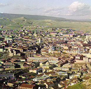 Вид на Тифлис с площадки церкви Св. Давида. Автор фото - Сергей Прокудин-Горский.
