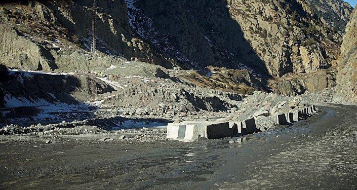 Дарьяльское ущелье - незажившие раны после катастрофы