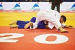 Чемпионат по дзюдо - Важа Маргвелашвили (в белом кимоно)