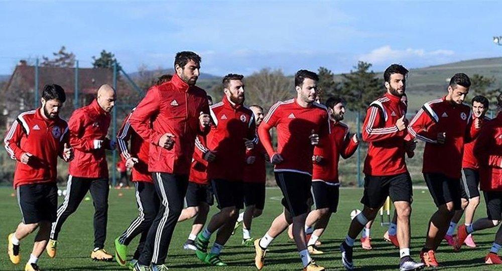 Сборная Грузии по футболу готовится к матчу с Казахстаном