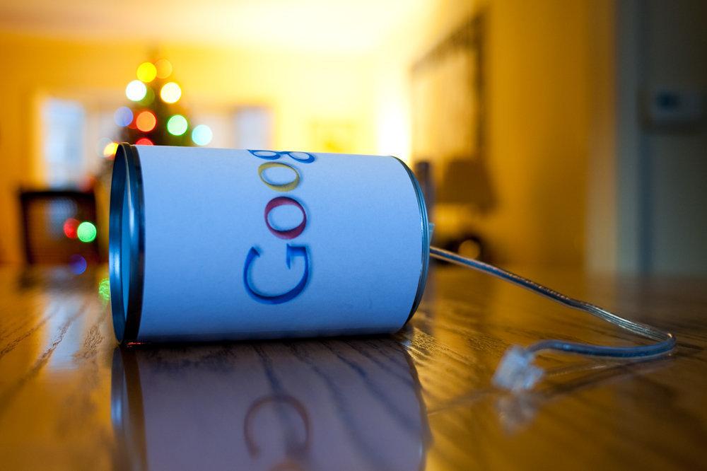 Новогодняя хлопушка-розыгрыш Google
