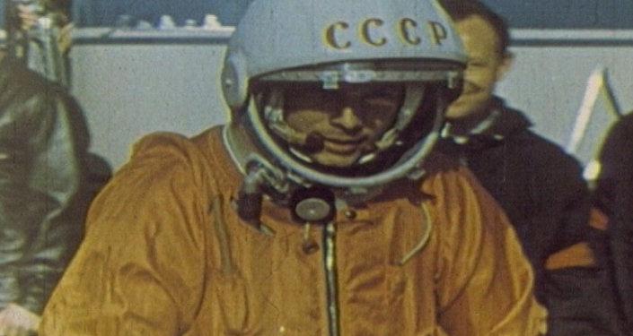Юрий Гагарин – человек, первым побывавший в космосе. Кадры из архива