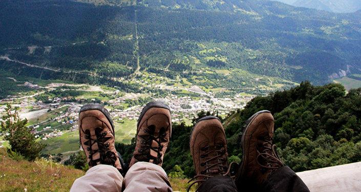 Туристы в горах Сванетии