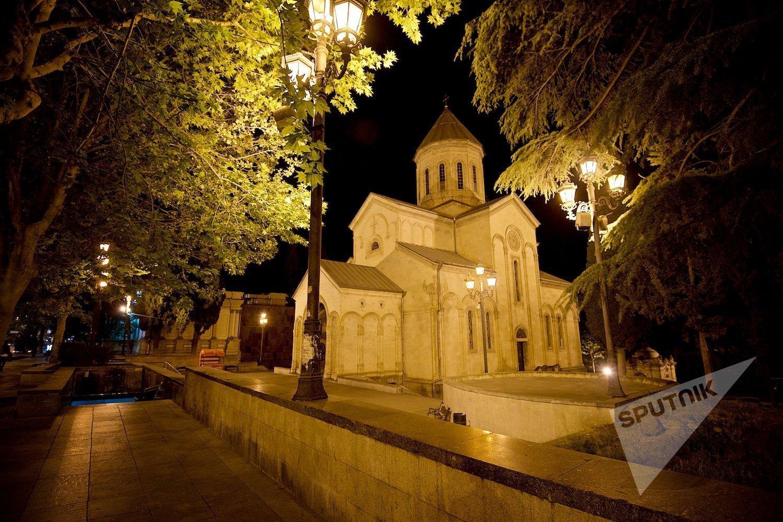 Православная церковь Кашвети (церковь Святого Георгия) на проспекте Шота Руставели в Тбилиси