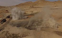 Поиск и уничтожение мин комплексом Уран-6 в Пальмире. Съемка Минобороны РФ