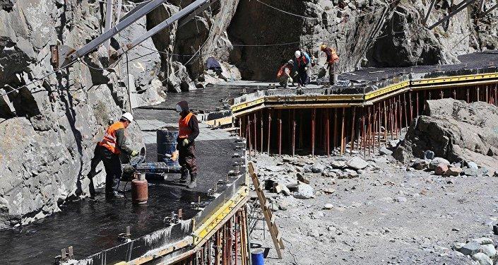 Строительство эвакуационного коридора