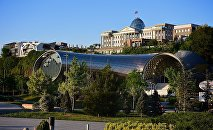 Тбилиси - новый концертный зал и дворец президента