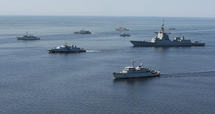 Корабли НАТО в Балтийском море во время учений