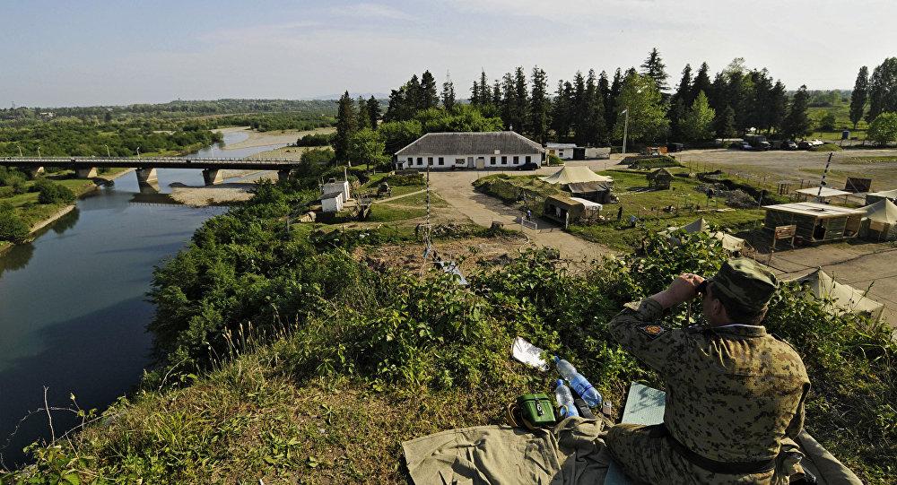 Наблюдательный пункт на абхазско-грузинской границе в Гальском районе.