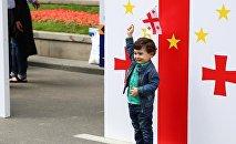 Ребенок на праздновании Дня независимости