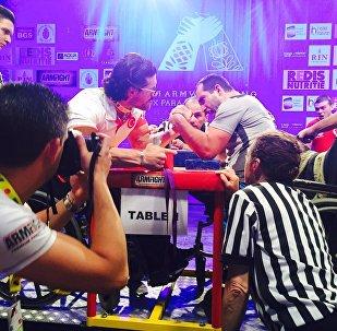 Чемпионат по пара-армреслингу