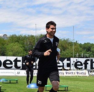 Болгарский футболист Стефан Велев