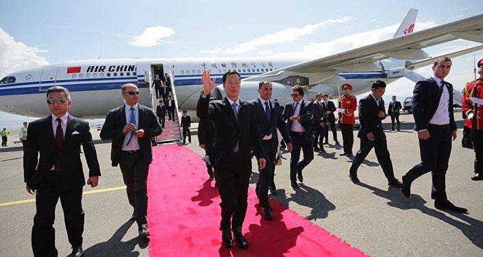 Прибытие в Тбилиси вице-премьера Госсовета КНР Чжана Гаоли