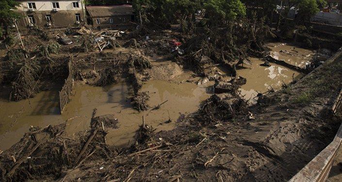 Наводнение в грузинской столице, 13 июня 2015 года