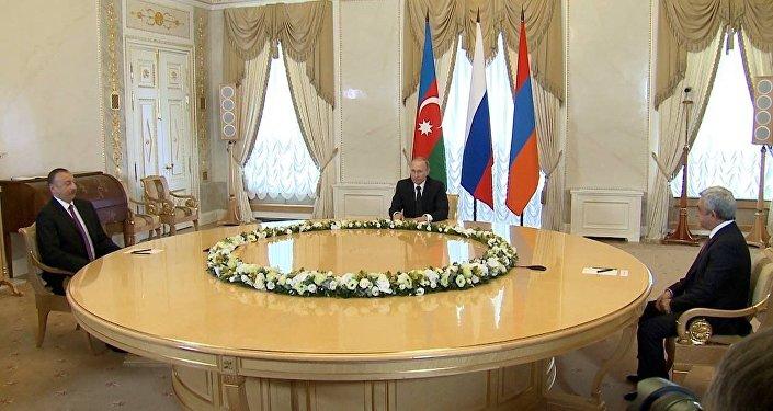 Встреча президентов Армении, России и Азербайджана