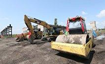 На строительстве цементного завода в Сенаки
