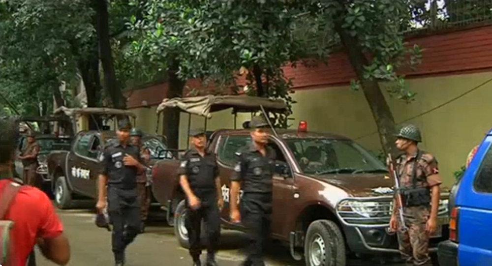 Втеракте встолице Бангладеш умер житель США