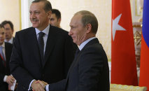 Russian Prime Minister Vladimir Putin and his Turkish counterpart Recep Tayyip Erdogan