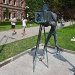 Памятник фотографу в Боржомском парке