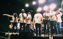 Грузинские оперные певцы на акции по защите окружающей среды