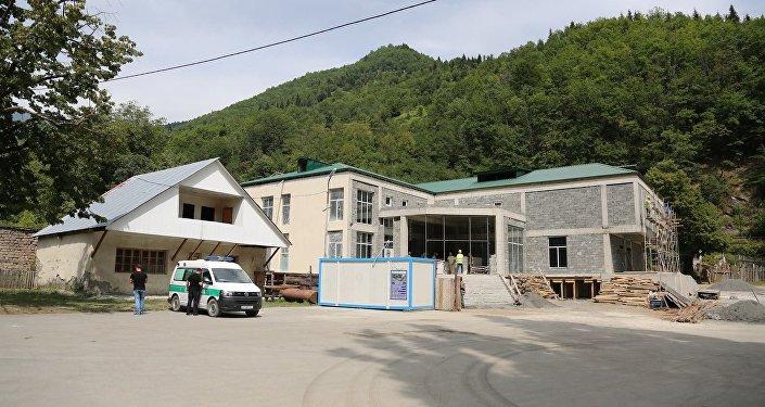 Строящаяся больница в Лентехи