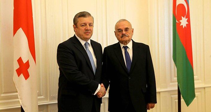 Премьер-министр Грузии Георгий Квирикашвили со своим азербайджанским коллегой Артуром Раси-заде