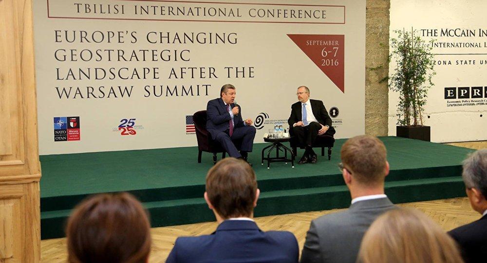 Премьер Грузии отметил важность отмены Евросоюзом виз до выборов