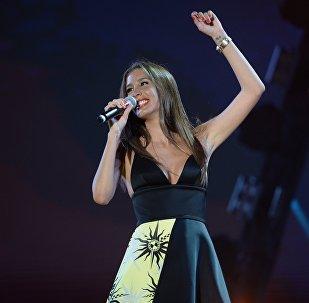 Певица Кети Топурия выступает на Международном музыкальном фестивале Жара в Баку.