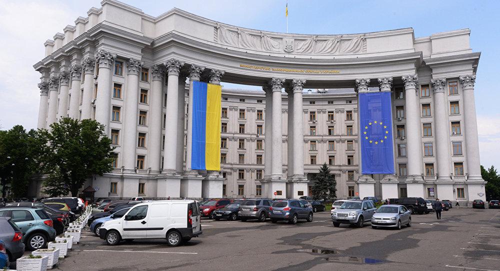 Украина грозится бойкотировать ПАСЕ вслучае возвращения делегацииРФ