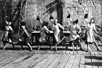 Кадр из художественного фильма Мелодии Верийского квартала