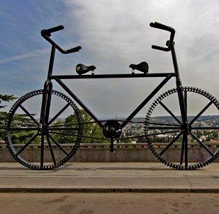 Велосипед в Тбилиси - Тянитолкай.