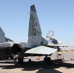 Российские самолеты на авиабазе Эребуни приобрели святых покровителей
