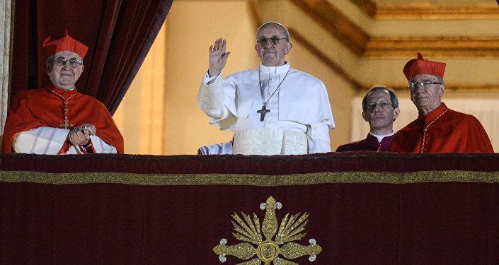 Папа римский призвал остановить войну вСирии