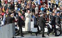 Папа Римский отслужил мессу в Тбилиси