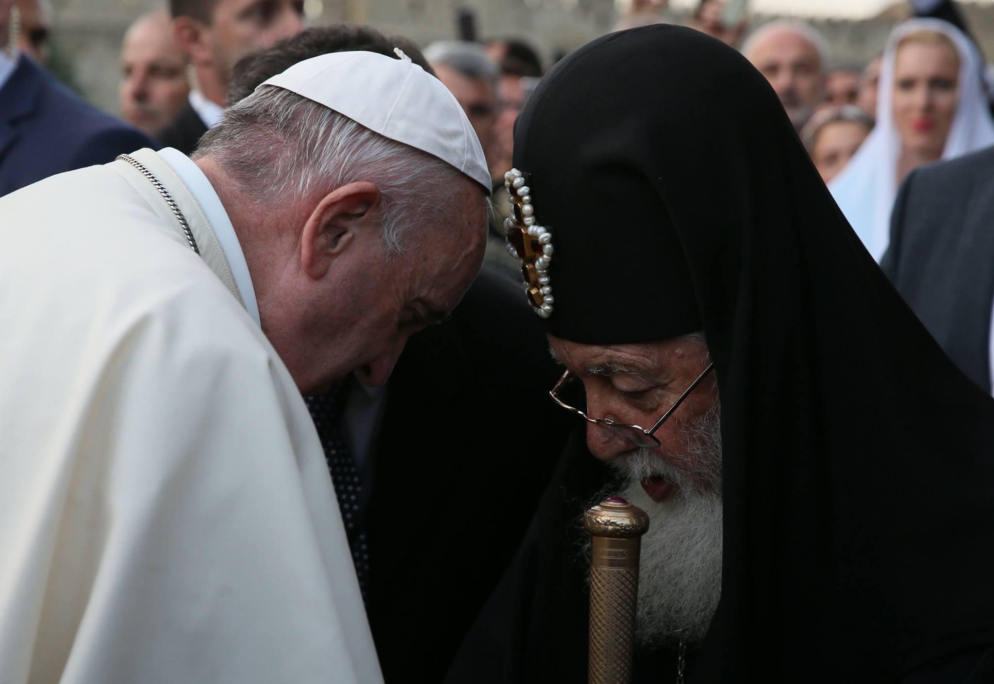 Папа Римский Франциск и Католикос-Патриарх всея Грузии Илия Второй