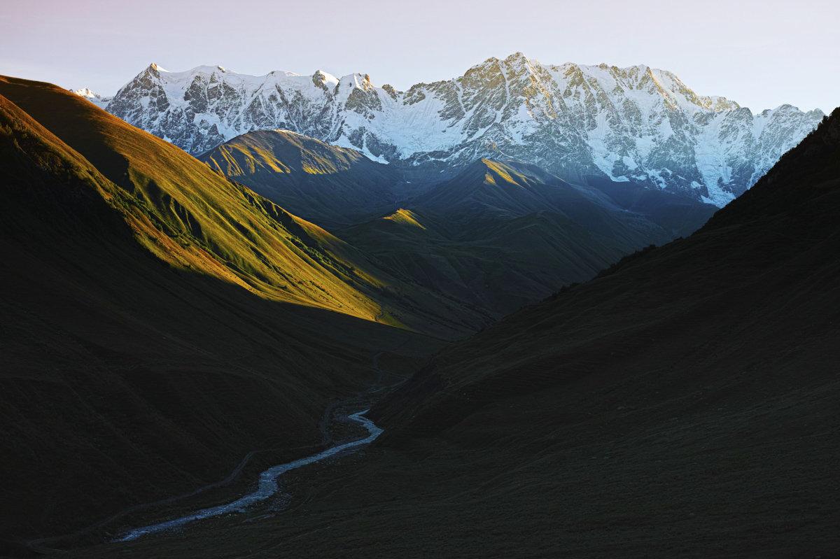 Гора Шхара в Сванети, фото Томаса Вахе