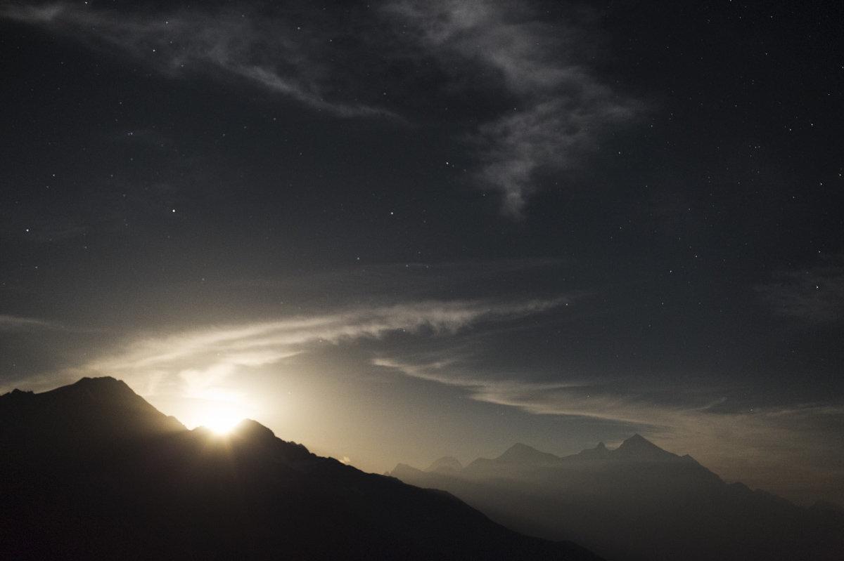 Восход Луны в Сванети, фото Томаса Вахе