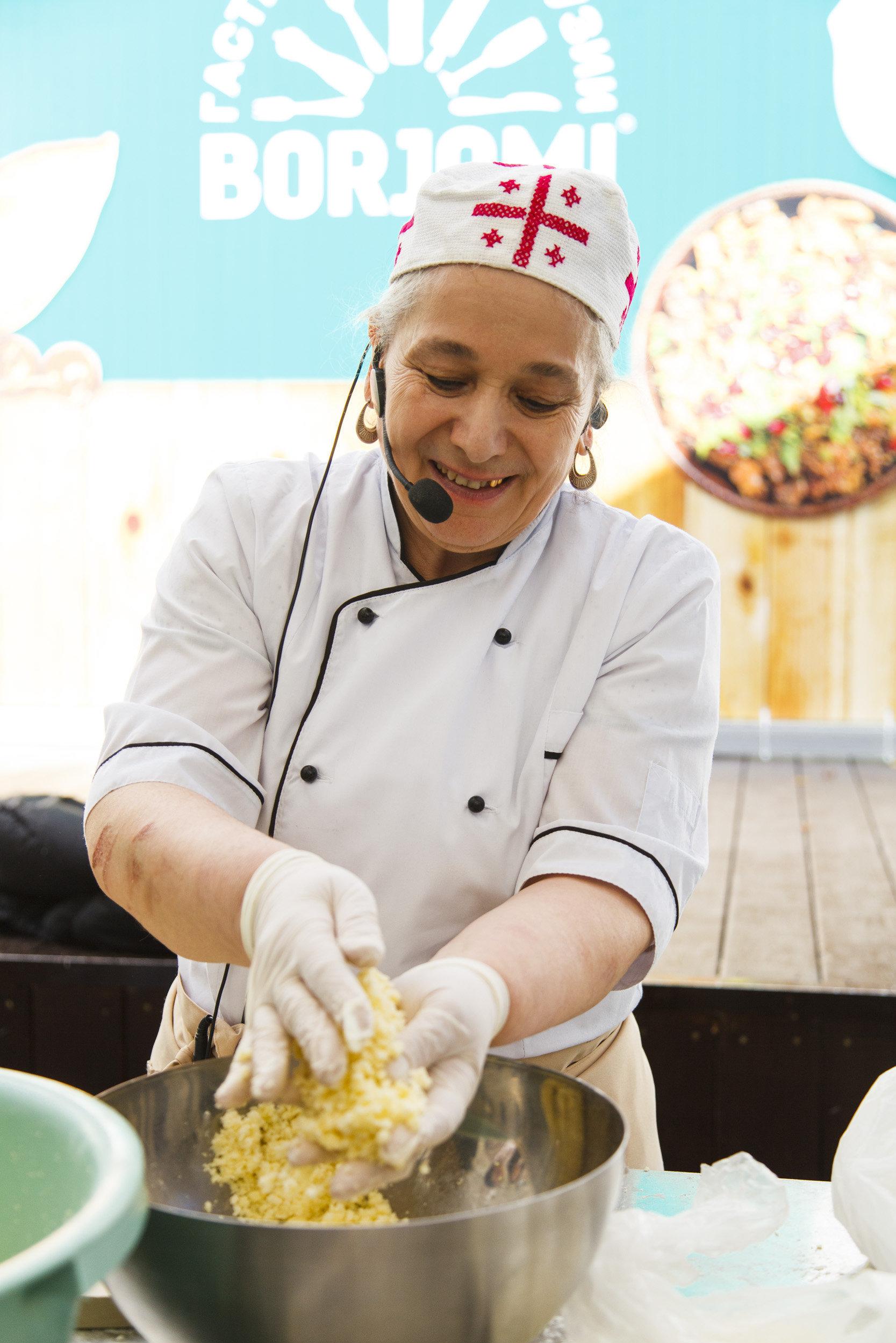 Мастер-класс по приготовлению хачапури, Тбилисоба в Москве