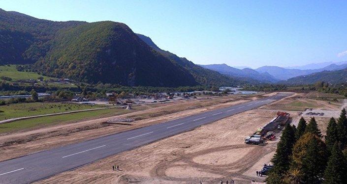 Аэродром для гражданских рейсов в Амблолаури (регион Рача-Лечхуми)