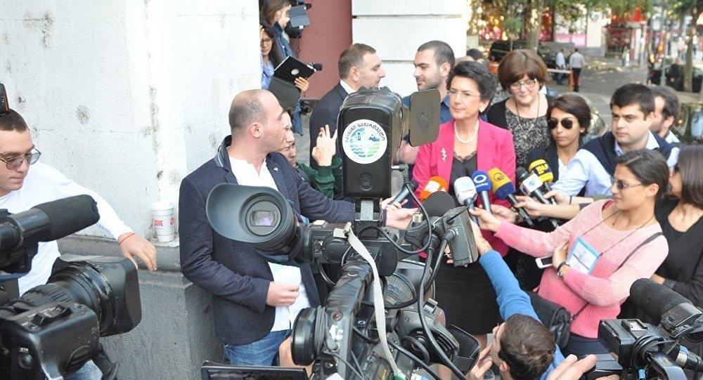 Саакашвили объявил, что не хочет возвращаться вГрузию