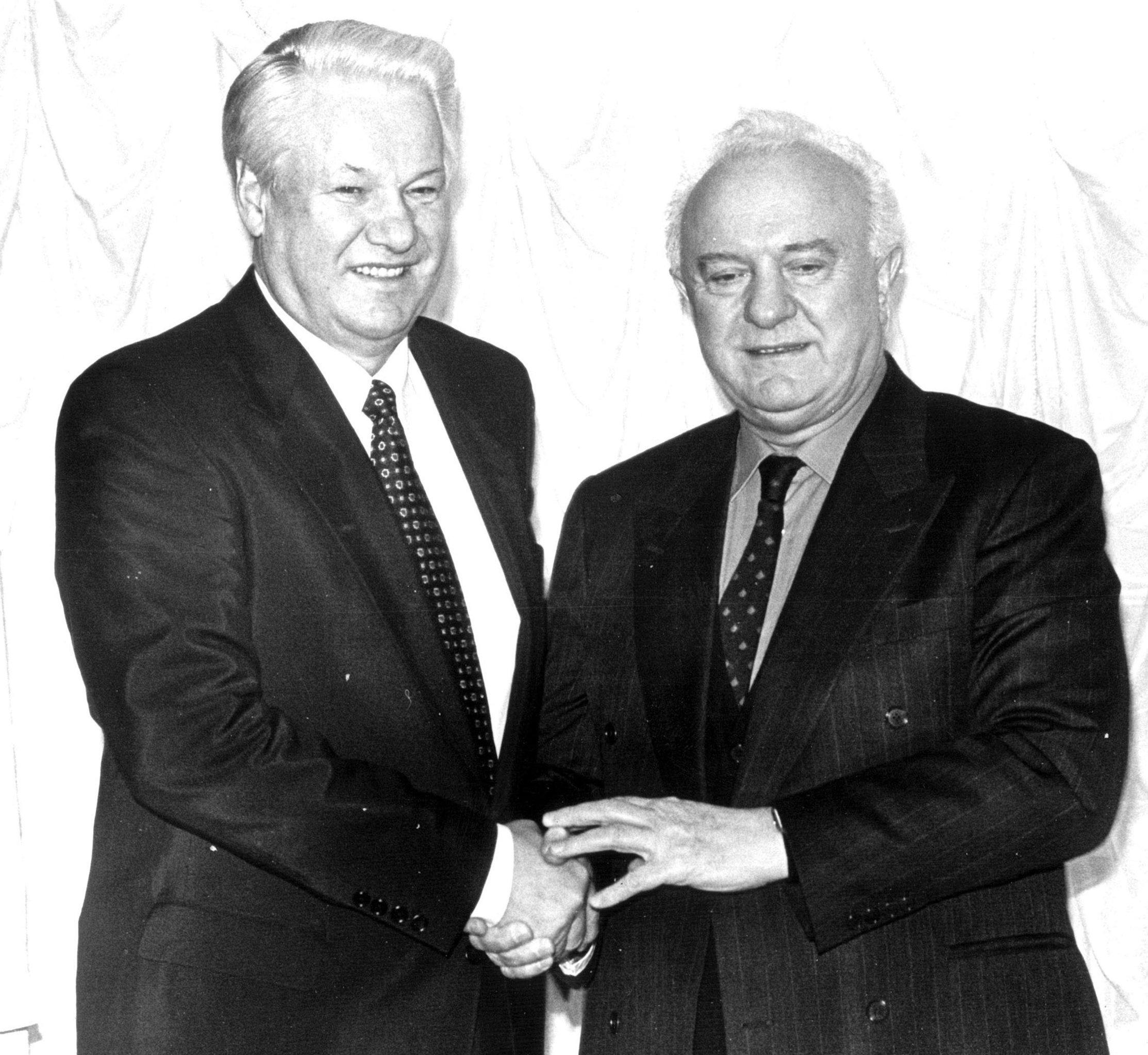 Борис Николаевич Ельцин и Эдуард Амвросиевич Шеварднадзе
