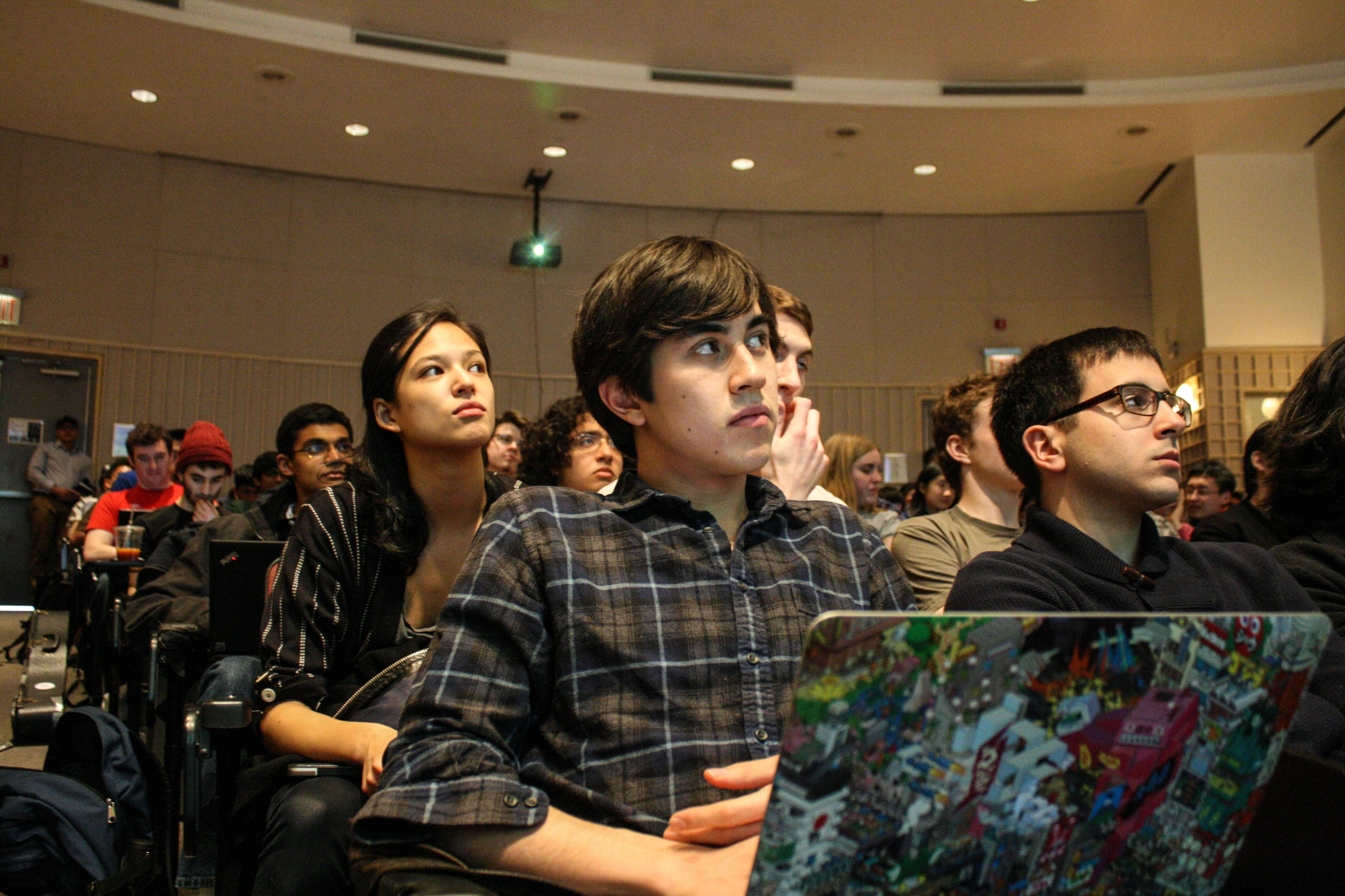 მათემატიკოსი სტუდენტები, რომლებსაც 8 საათი ეძინათ, ამოცანებს 3–ჯერ უფრო სწრაფად ხსნიან, ვიდრე გამოუძინებელი სტუდენტები