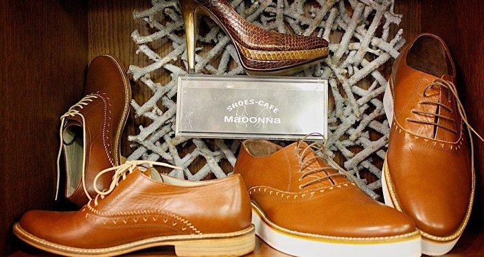 Обувь, дизайнер - Мадона Харатишвили